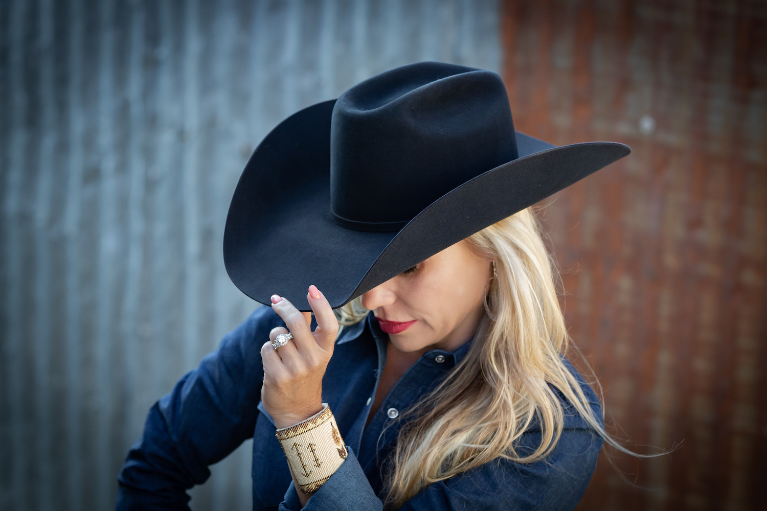 womens custom black felt hat